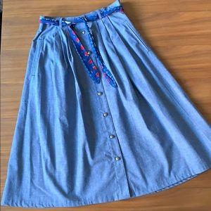 Dresses & Skirts - 🍓 Jean Material Midi Prairie Button Up Skirt Med